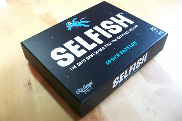 Selfish-Card-game-box