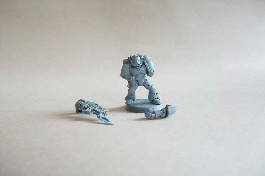 strip paint off of plastic miniatures - dettol